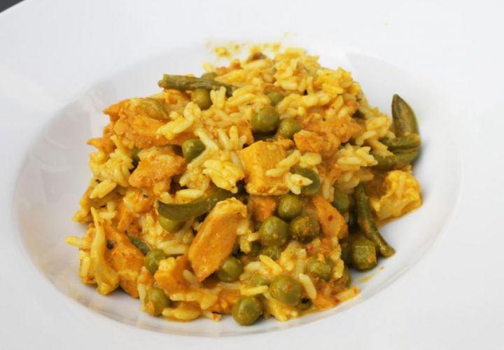 Gelbes Curry mit Poulet