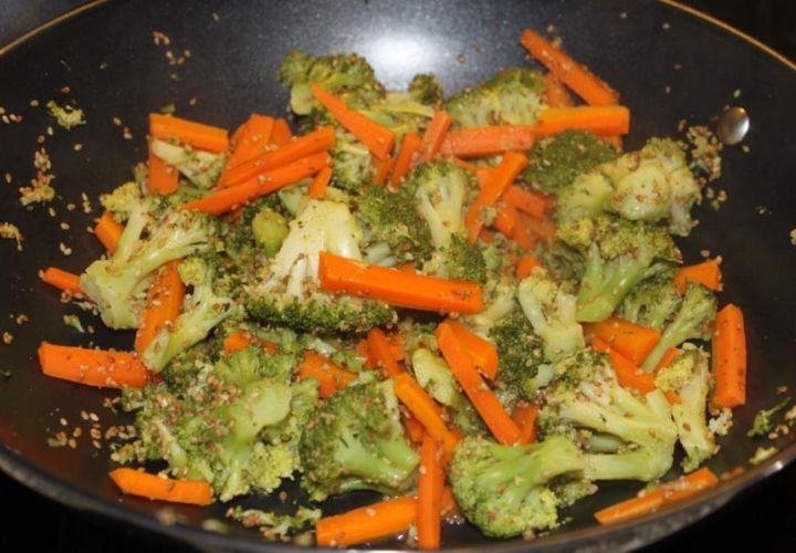 Gemüse mit Sesam