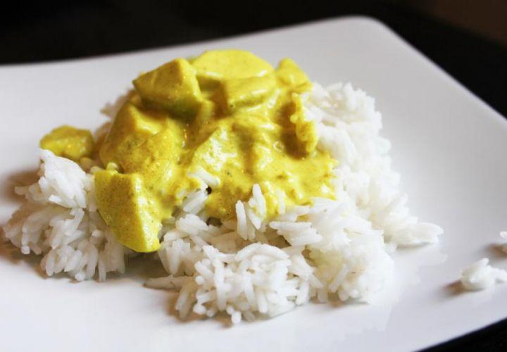 Curry Reis mit Zucchetti