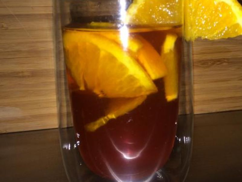 Rooibos-Tee mit Orangen