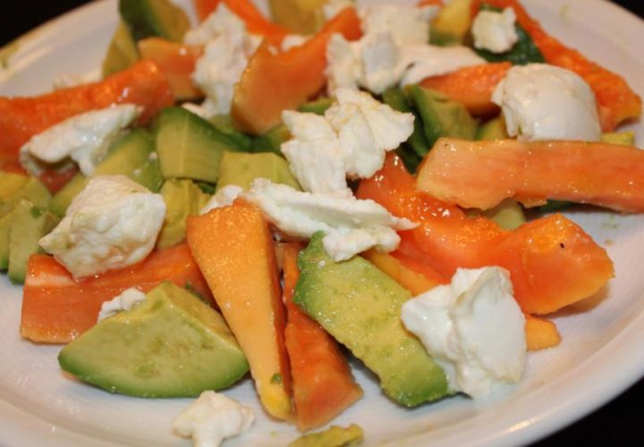 Papaya Avocado Salat