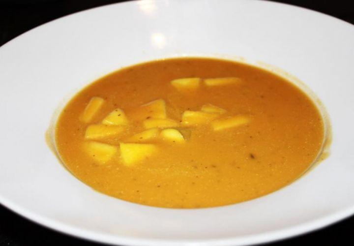 Süsskartoffel-Apfel-Suppe