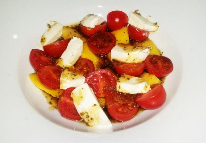 Mango Salat mit Tomaten