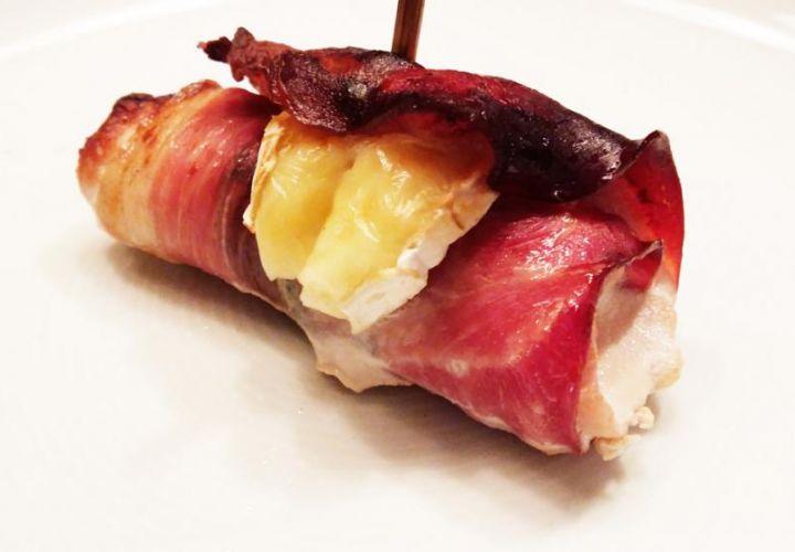 Schweinefleisch-Roulade mit Brie